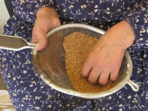 cleaning sesame seeds